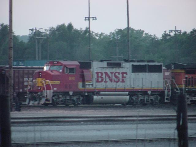 BNSF 101 GP60M