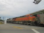 BNSF 5733 and BNSF 9683