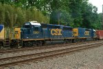 CSX GP40-2 6964 and CSX Road Slug 2364 on Q300-27