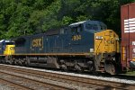 CSX C40-8W 7904 in YN3b paint trails on Q418-25