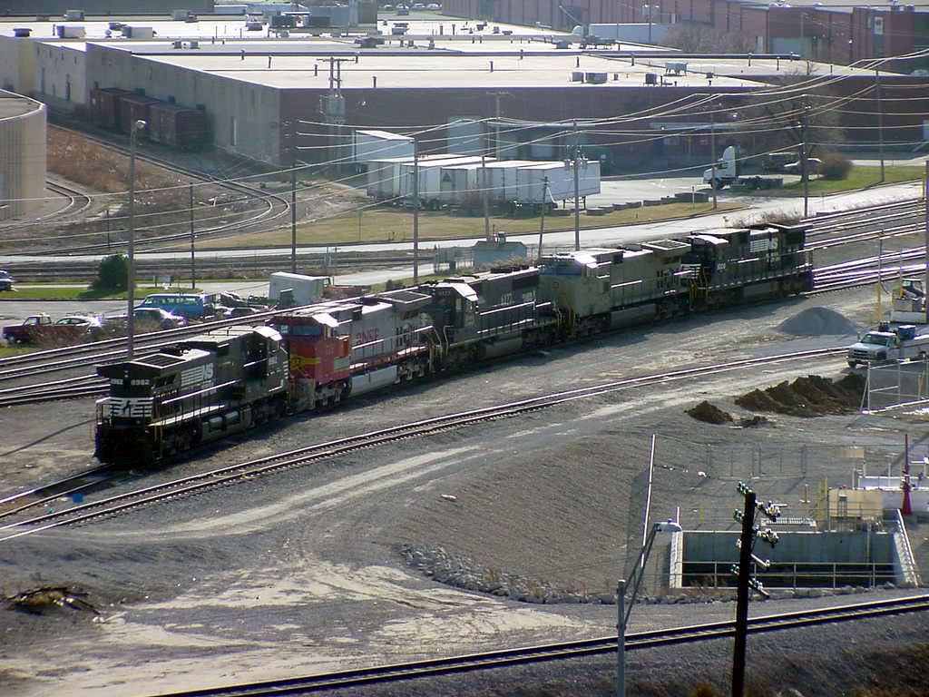 NS Avondale Yard Line Up