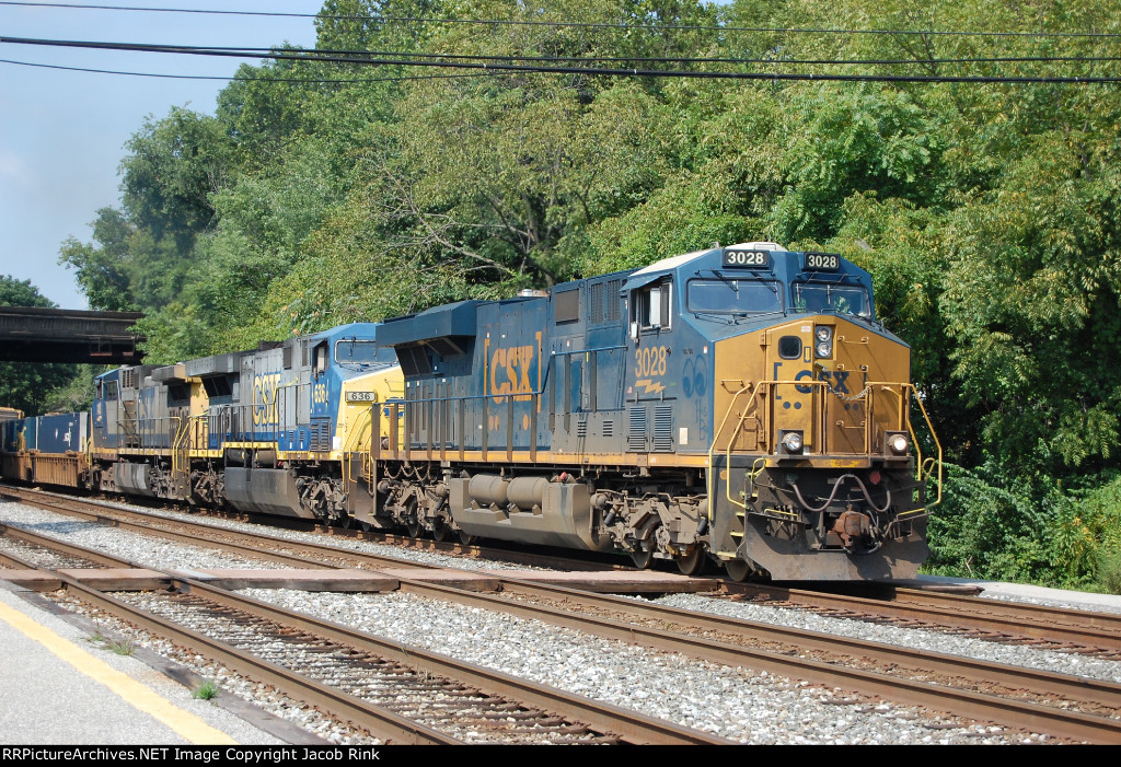 CSX Q138 on the Old Main