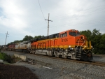 BNSF 8106 (NS #334) arriving