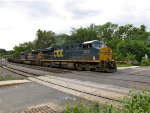 CSX 5216 and 889