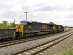 CSX 889 and 5216