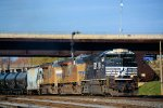 NS 2737 UP 5252 5259 66Z Ethanol Loads