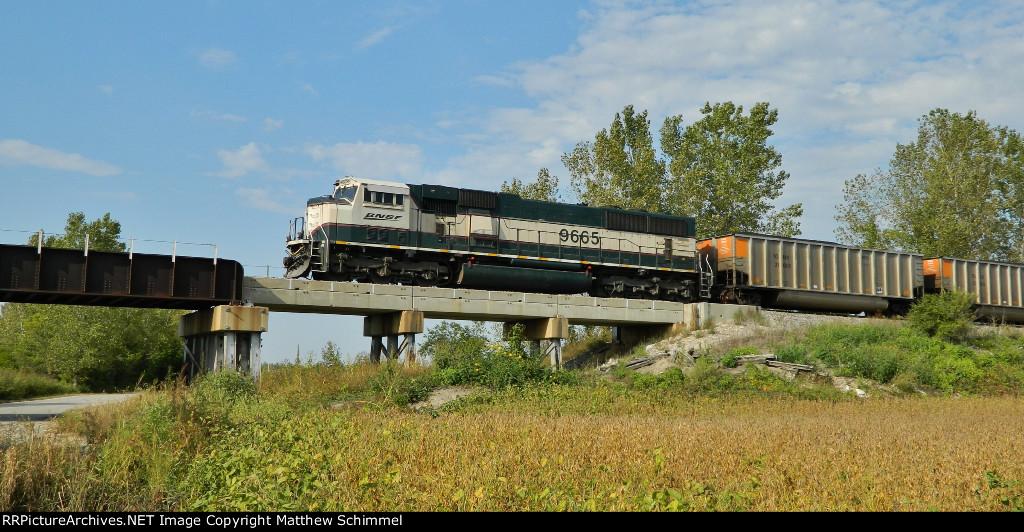 BNSF 9665 - DPU