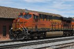 BNSF 7870 Point On West Bound Container Train