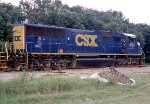 CSX 4691 waiting for a new crew