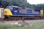 CSX 4683 waiting for a crew