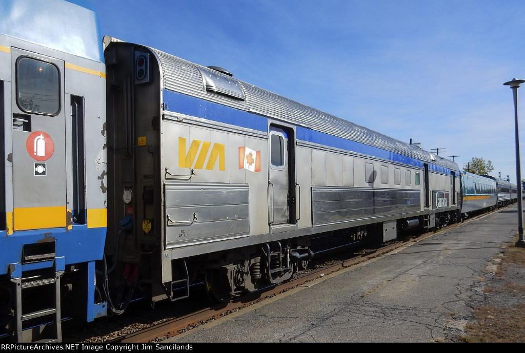 VIA 8623 on trn 63 at Dorval