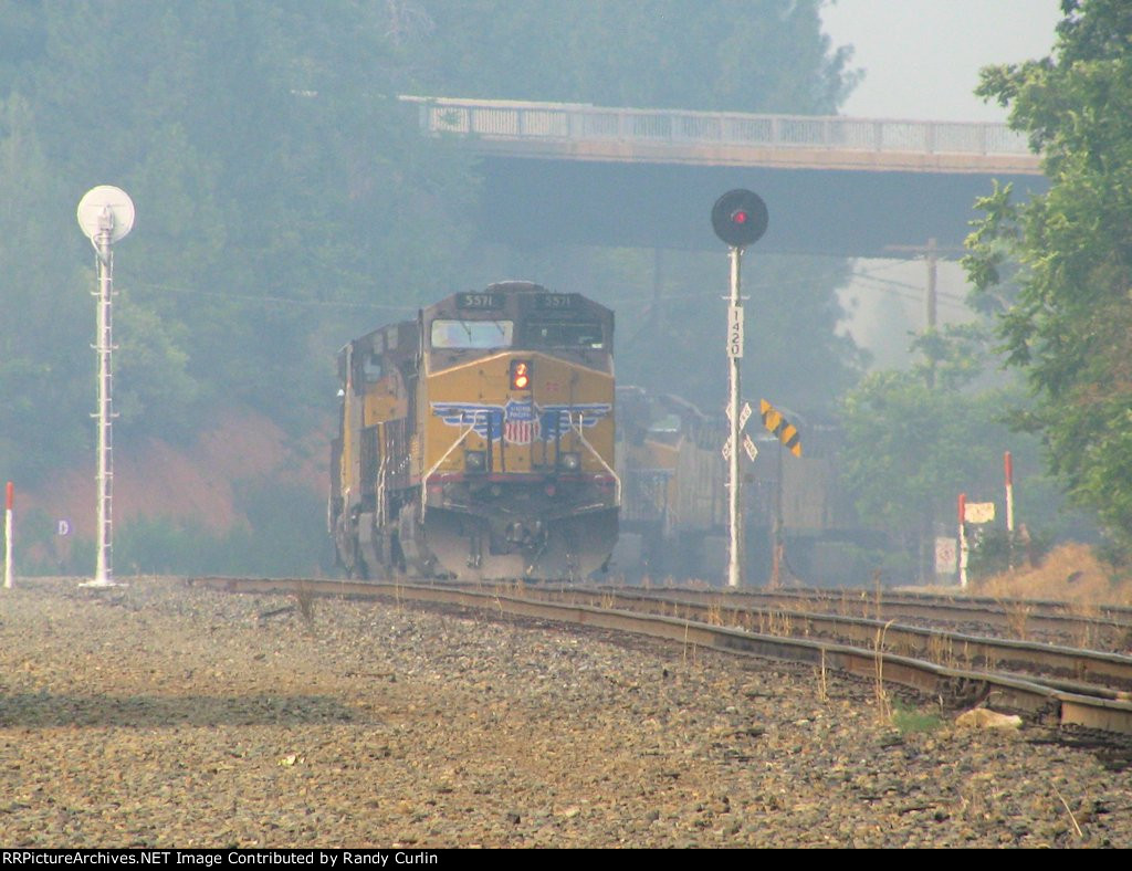 UP 5562 East