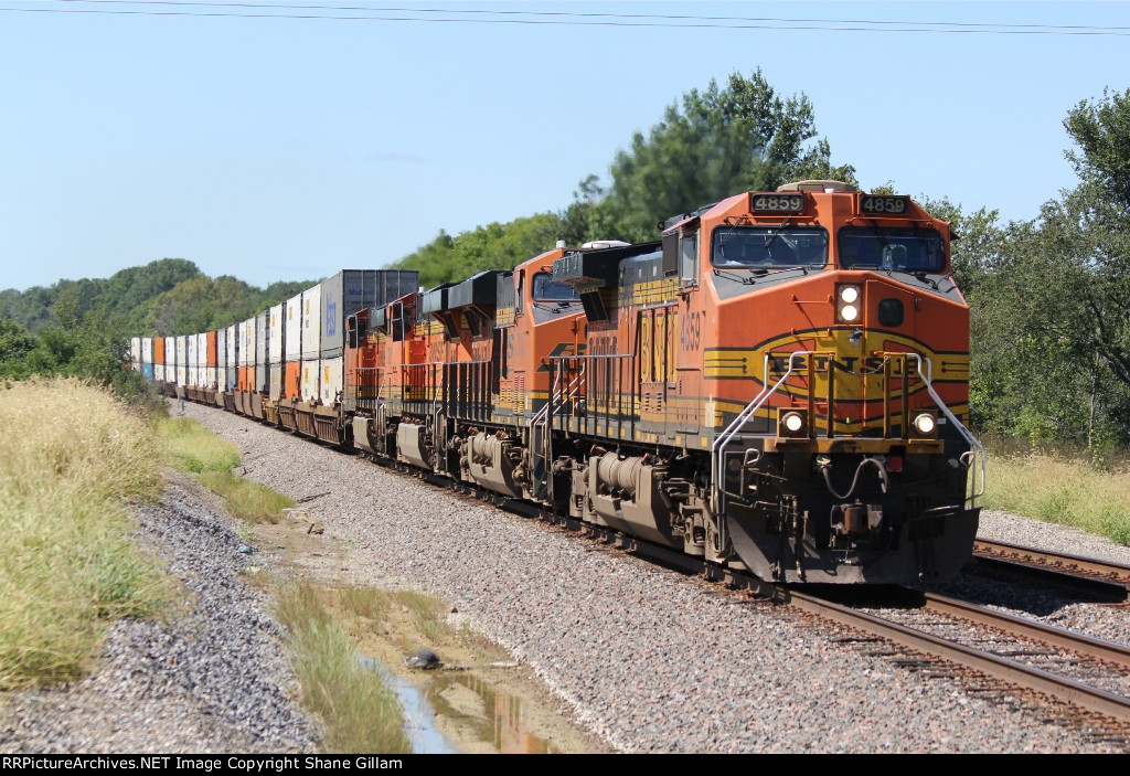 BNSF 4859 Leads a EB stack train with 4 Ge's.