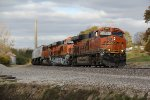 BNSF 6946 Leads the Z WSPSBD into Gorin Mo.