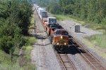 BNSF 5433 Rocks a EB Z train into Gibbs Mo..