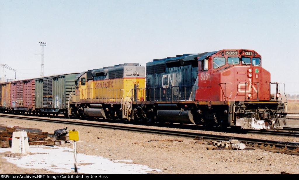 CN 5351 South