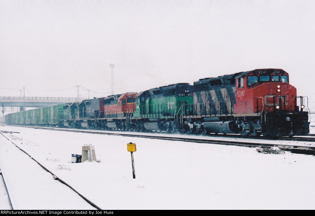 CN 5247 South