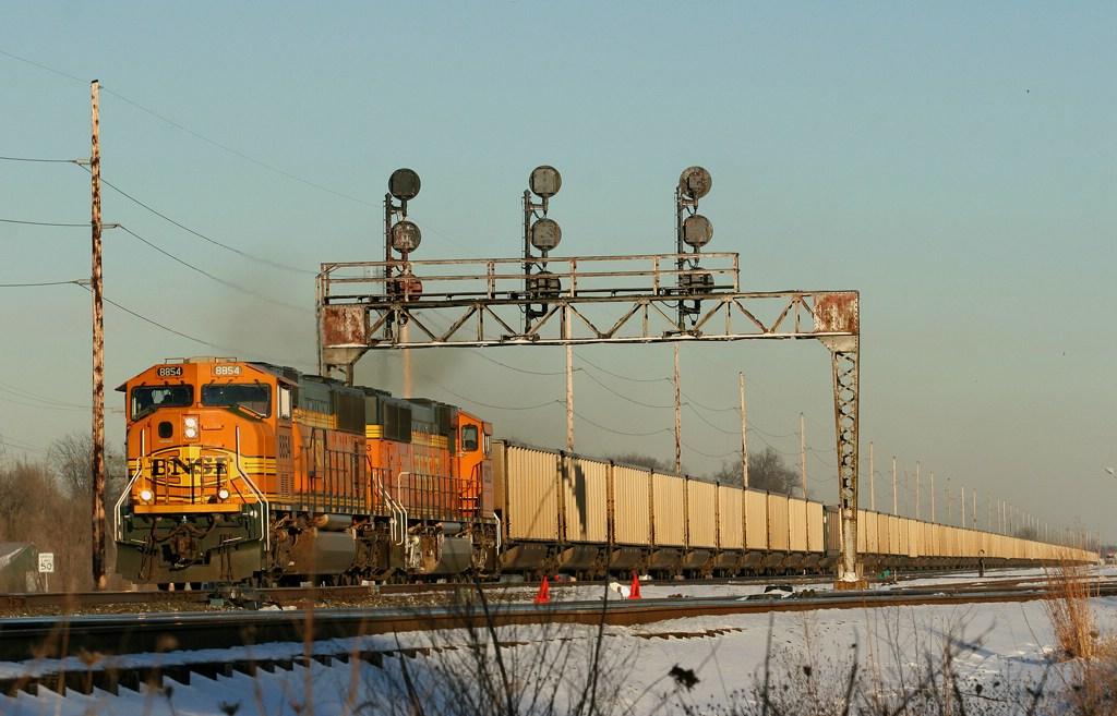 BNSF 8854 667 Coal westbound