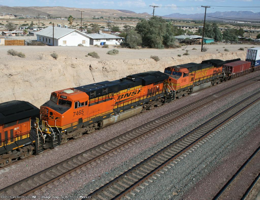 BNSF 7465