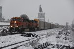 BNSF 6652 Leads a Auto rack train on fresh snow.