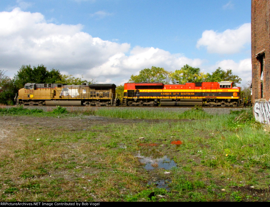 KCS 4054 and UP 5578