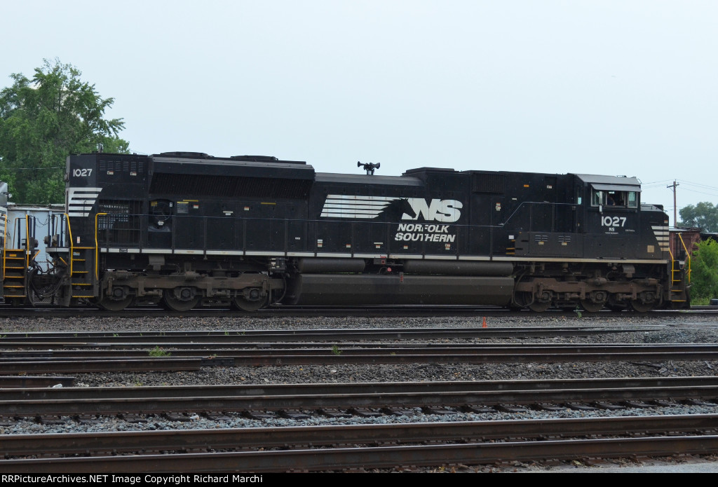 NS 1027