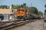 BNSF 6664 Leads a WB H-KCKDEN through Olathe Ks.