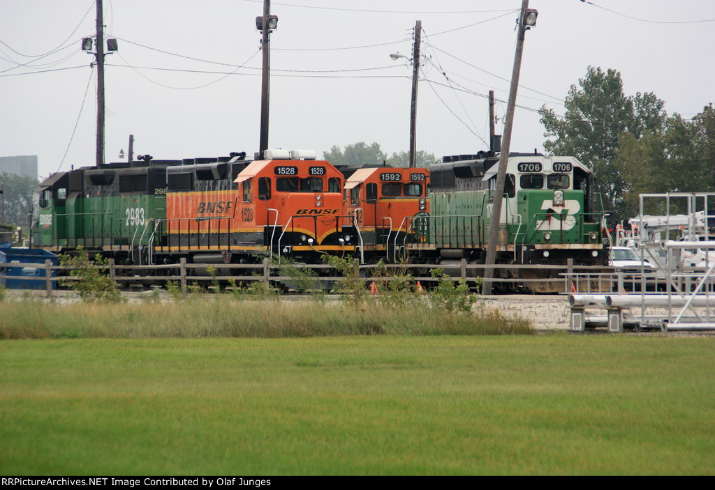 BNSF 1706