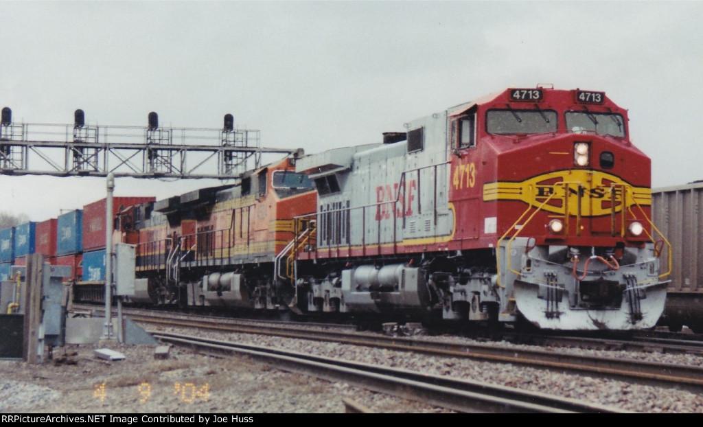 BNSF 4713 West