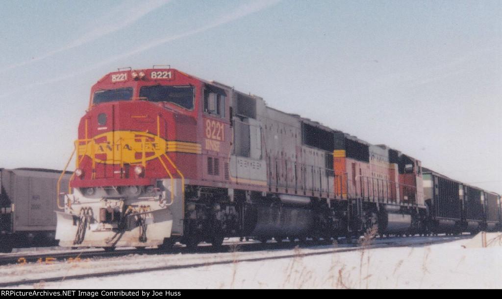 BNSF 8221 East