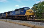 CSX 9040 is the only unit running.