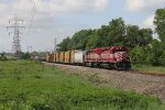 The WSOR pair works hard as they get GDLK303 moving south
