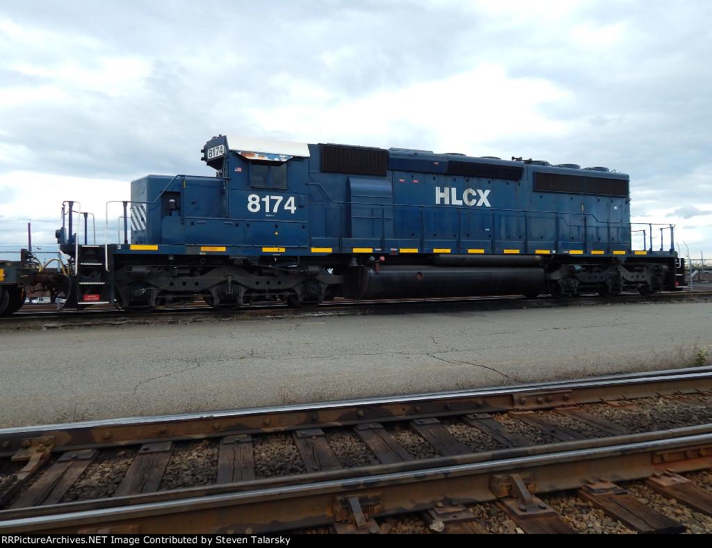 HLCX SD40-2 8174