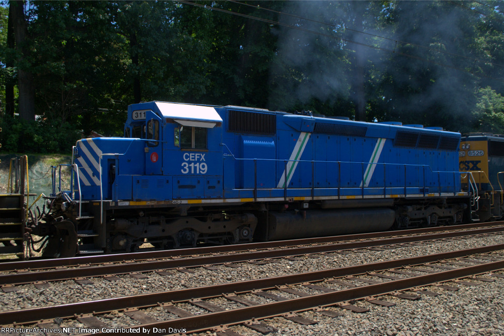 CEFX SD40M-2 3119 as the second unit on Q300-20