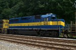 HLCX GP40-2 4216 trails on Q418-13
