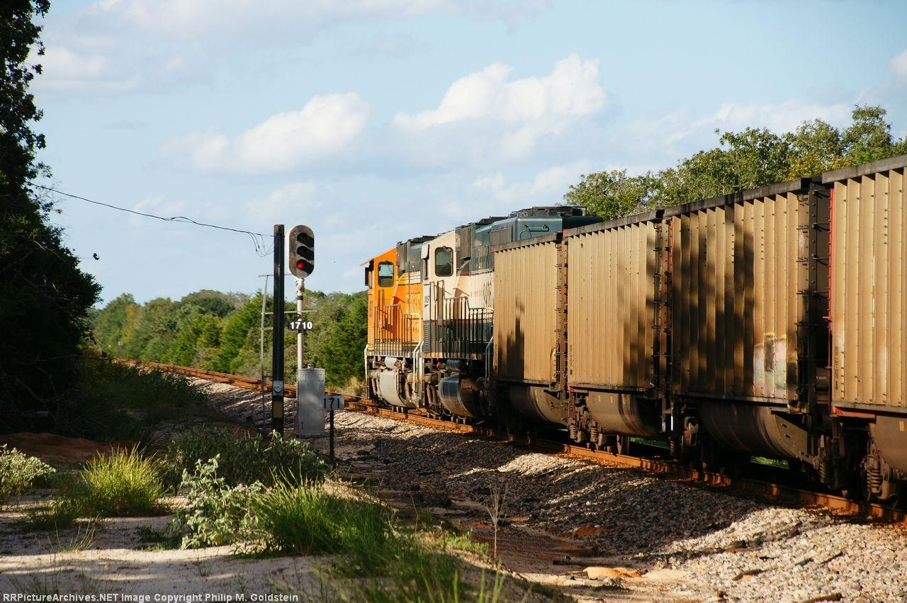 BNSF 9406 (DPU), 8937 (DPU)