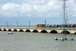 BNSF 4131 on the 'old' Galveston Causeway