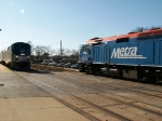 AMTK 4(16) meeting a Westbound Metra