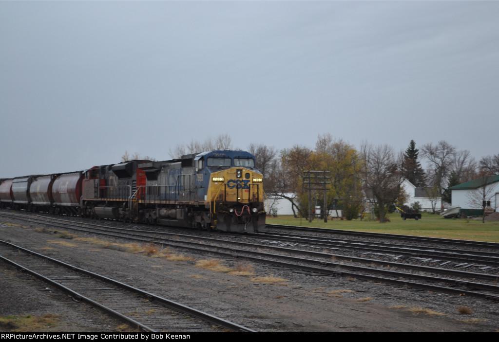 CSX 7396 & CN 8884