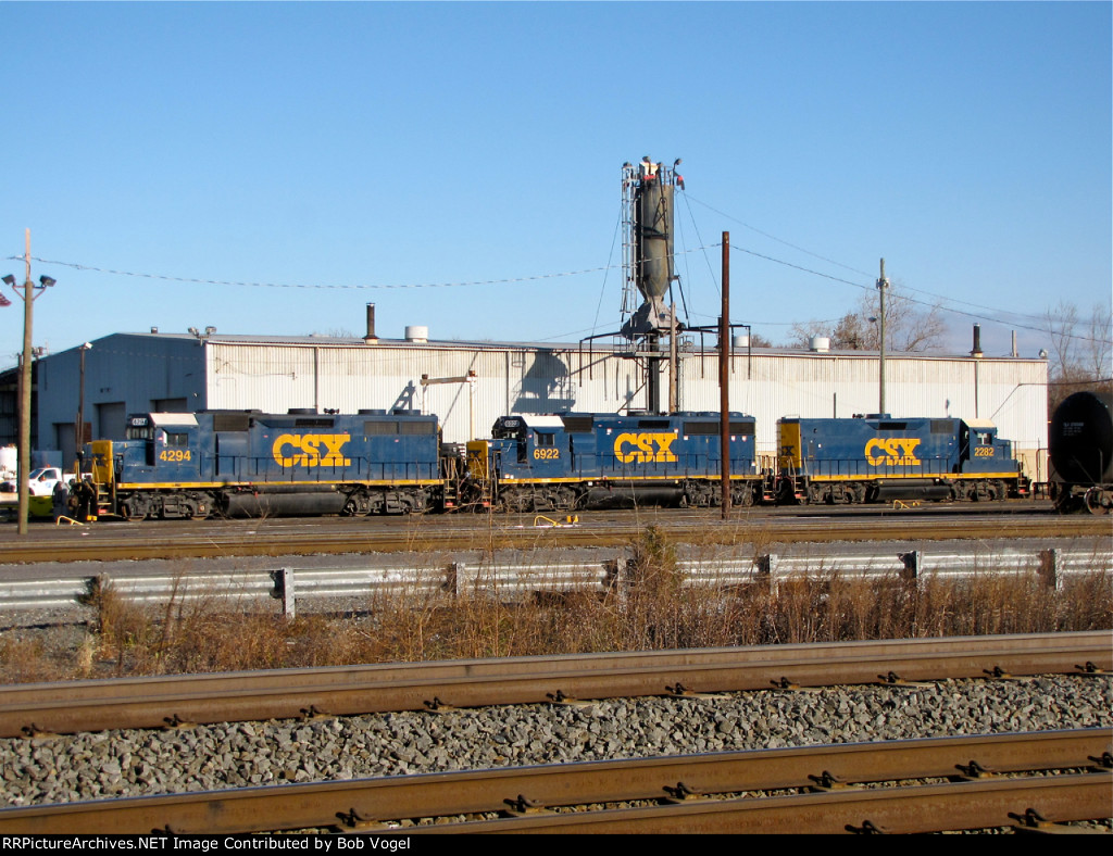 CSX 4294, 6922, and 2282