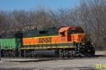 BNSF 2262 leads BNSF transfer to NS at 32nd st