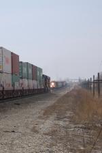 BNSF 4476 meets BNSF 6746