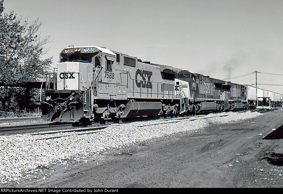CSX 7588 on Q-108