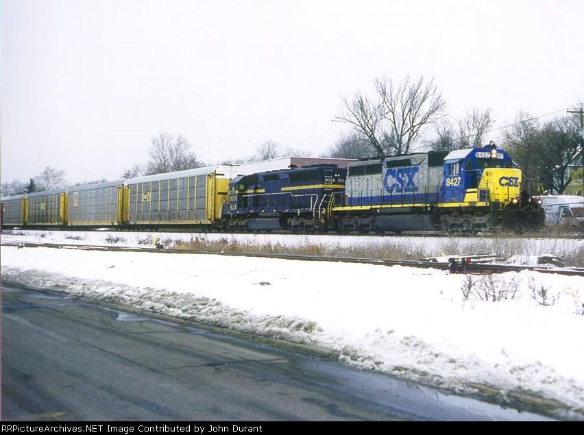 CSX 8427 on Q-254
