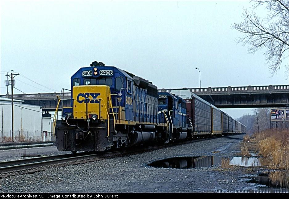 CSX 8408 on Q-254