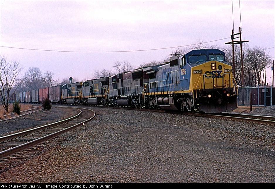 CSX 7756 on Q-410