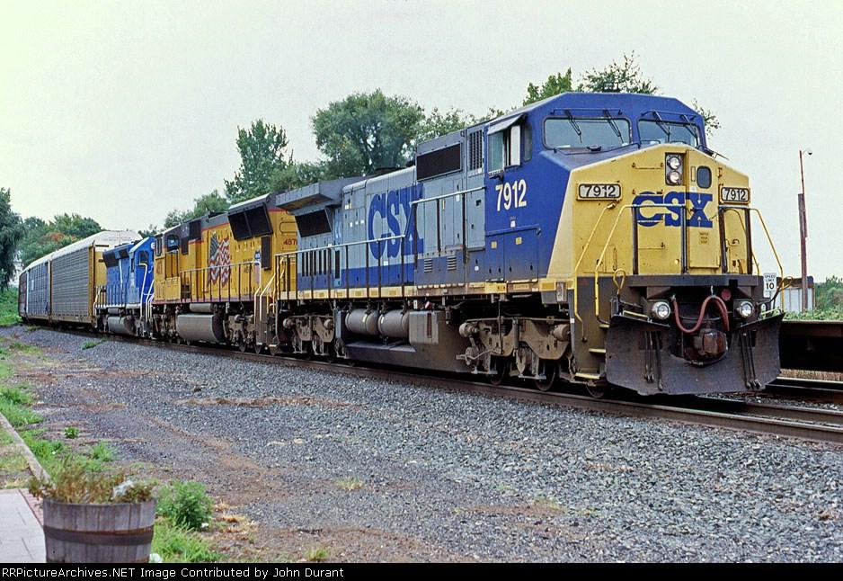 CSX 7912 on Q-273