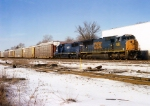CSX 4805 on Q-254