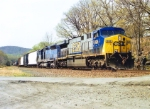 CSX 698 on Q-439