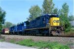 CSX 7553 on Q-433